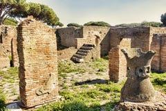 Παλάτι Molini με millstones λάβας - Ostia Antica Στοκ εικόνες με δικαίωμα ελεύθερης χρήσης