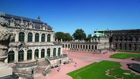 Παλάτι Zwinger, XVIII αιώνας - διάσημο ιστορικό κτήριο στη Δρέσδη απόθεμα βίντεο