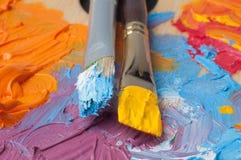 Παλέτα χρώματος με τα πολύχρωμα χρώματα Στοκ φωτογραφίες με δικαίωμα ελεύθερης χρήσης