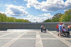 Παλαίμαχοι στον τοίχο ελευθερίας στον εθνικό παγκόσμιο πόλεμο 2 μνημείο Στοκ Φωτογραφία