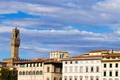 Παλαιά άποψη λεπτομέρειας πύργων κουδουνιών παλατιών, Φλωρεντία Στοκ φωτογραφία με δικαίωμα ελεύθερης χρήσης