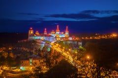 Παλαιά άποψη νύχτας κάστρων Στοκ Εικόνες