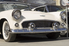 Παλαιά απελευθέρωση της Ford Thunderbird 1956 αυτοκινήτων Στοκ εικόνα με δικαίωμα ελεύθερης χρήσης