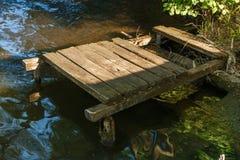 παλαιά αποβάθρα ξύλινη Στοκ εικόνα με δικαίωμα ελεύθερης χρήσης