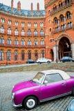 παλαιά αρχιτεκτονική τοίχων στα παράθυρα του Λονδίνου Αγγλία και το exteri τούβλου Στοκ Φωτογραφίες