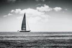 Παλαιά βάρκα σε γραπτό Στοκ Εικόνες