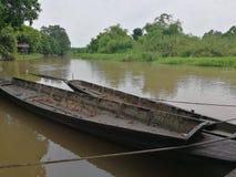 Παλαιά βάρκα στον ποταμό Ταϊλανδός Στοκ Εικόνες