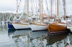 Παλαιά βάρκα του ξύλου Στοκ φωτογραφία με δικαίωμα ελεύθερης χρήσης