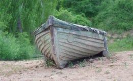 Παλαιά βάρκα Στοκ φωτογραφία με δικαίωμα ελεύθερης χρήσης