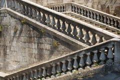 Παλαιά βήματα πετρών Στοκ Φωτογραφίες