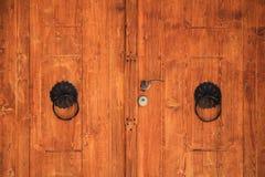 Παλαιά βοσνιακή πόρτα σε Pocitelj Στοκ Εικόνα