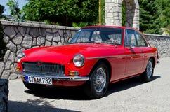 Παλαιά βρετανικά γκαράζ Morris αθλητικών αυτοκινήτων Στοκ φωτογραφία με δικαίωμα ελεύθερης χρήσης