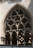 Παλαιά γοτθικά παράθυρα του επισκοπικού παλατιού Στοκ φωτογραφίες με δικαίωμα ελεύθερης χρήσης