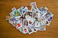 Παλαιά γραμματόσημα από τις διάφορες χώρες Στοκ φωτογραφία με δικαίωμα ελεύθερης χρήσης
