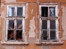 Παλαιά εγκαταλειμμένα παράθυρα Στοκ Εικόνα