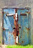 Παλαιά, εγκαταλειμμένη πολεμική αποθήκη Στοκ Φωτογραφίες