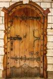 Παλαιά εκλεκτής ποιότητας πόρτα Στοκ φωτογραφίες με δικαίωμα ελεύθερης χρήσης