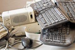 Παλαιά εξαρτήματα υπολογιστών για την ηλεκτρονική ανακύκλωση Στοκ Φωτογραφία