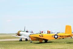 Παλαιά εδάφη αεροπλάνων ναυτικού στον τομέα Στοκ Εικόνες