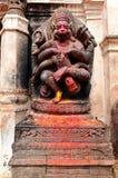Παλαιά θεότητα Narasimha, το είδωλο του ινδού Θεού Vishnu, στο α Στοκ Εικόνες