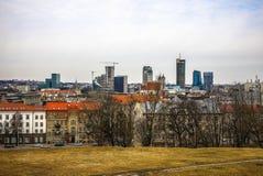 Παλαιά λιθουανική αρχιτεκτονική της πόλης Vilnius Γενική τοπ άποψη Στοκ εικόνα με δικαίωμα ελεύθερης χρήσης