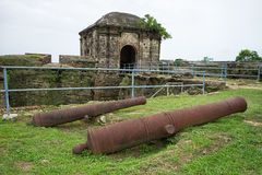 Παλαιά ισπανικά πυροβόλα στον Παναμά στοκ εικόνα με δικαίωμα ελεύθερης χρήσης
