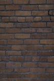 Παλαιά κατακόρυφος τουβλότοιχος στοκ φωτογραφία με δικαίωμα ελεύθερης χρήσης