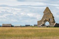 Παλαιά καταστροφή εκκλησιών στο ã-έδαφος νησιών της θάλασσας της Βαλτικής, Σουηδία Στοκ Φωτογραφίες