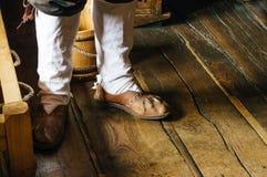 Παλαιά κινηματογράφηση σε πρώτο πλάνο παπουτσιών Στοκ Εικόνες