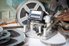 Παλαιά κινηματογραφία εξελίκτρων ταινιών στοκ εικόνες