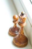 Παλαιά κομμάτια σκακιού στοκ εικόνες