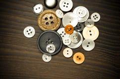 Παλαιά κουμπιά ιματισμού Στοκ φωτογραφία με δικαίωμα ελεύθερης χρήσης