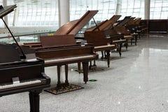 Παλαιά μεγάλη έκθεση πιάνων Στοκ εικόνες με δικαίωμα ελεύθερης χρήσης