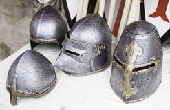 Παλαιά μεσαιωνικά κράνη Στοκ Εικόνες