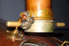 Παλαιά μηχανήματα κατασκευής μπύρας Στοκ εικόνα με δικαίωμα ελεύθερης χρήσης