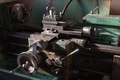 Παλαιά μηχανή τόρνου στοκ εικόνα με δικαίωμα ελεύθερης χρήσης