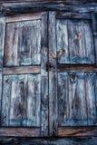 Παλαιά ξύλινα παραθυρόφυλλα Στοκ Εικόνα