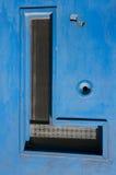 Παλαιά ξύλινη μπλε λεπτομέρεια πορτών Στοκ Εικόνα