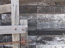 Παλαιά ξύλινη πύλη και να πλαισιώσει στοκ φωτογραφίες