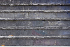 παλαιά πέτρα σκαλών σειράς της Ιταλίας Στοκ φωτογραφία με δικαίωμα ελεύθερης χρήσης