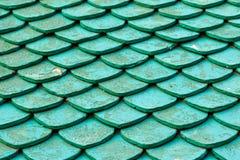 Παλαιά πράσινα κεραμίδια στεγών Στοκ Φωτογραφία
