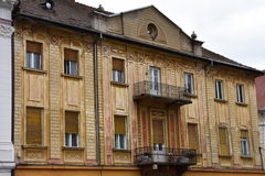 Παλαιά πρόσοψη οικοδόμησης στο τετράγωνο ένωσης Στοκ Εικόνα