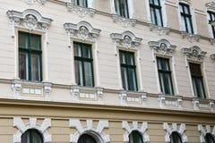 Παλαιά πρόσοψη οικοδόμησης στο τετράγωνο ένωσης Στοκ Φωτογραφίες
