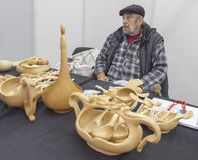 Παλαιά πωλώντας ξυλουργική ατόμων στο nizhny novgorod, Ρωσική Ομοσπονδία Στοκ Εικόνες