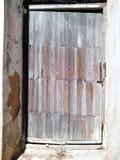 Παλαιά πόρτα με την παλαιά σύσταση Στοκ φωτογραφία με δικαίωμα ελεύθερης χρήσης