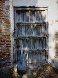 Παλαιά πόρτα με την παλαιά σύσταση Στοκ φωτογραφίες με δικαίωμα ελεύθερης χρήσης