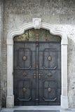 Παλαιά πόρτα οικοδόμησης Στοκ Εικόνες