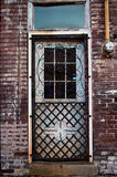 Παλαιά πόρτα σιδηρουργείων Στοκ φωτογραφία με δικαίωμα ελεύθερης χρήσης