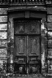 Παλαιά πόρτα & x28 BW& x29  Στοκ Εικόνα