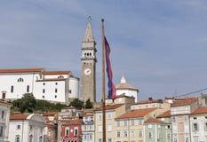 Παλαιά πόλης εικονική παράσταση πόλης Piran από την πλατεία Tartini, Σλοβενία Στοκ Φωτογραφία